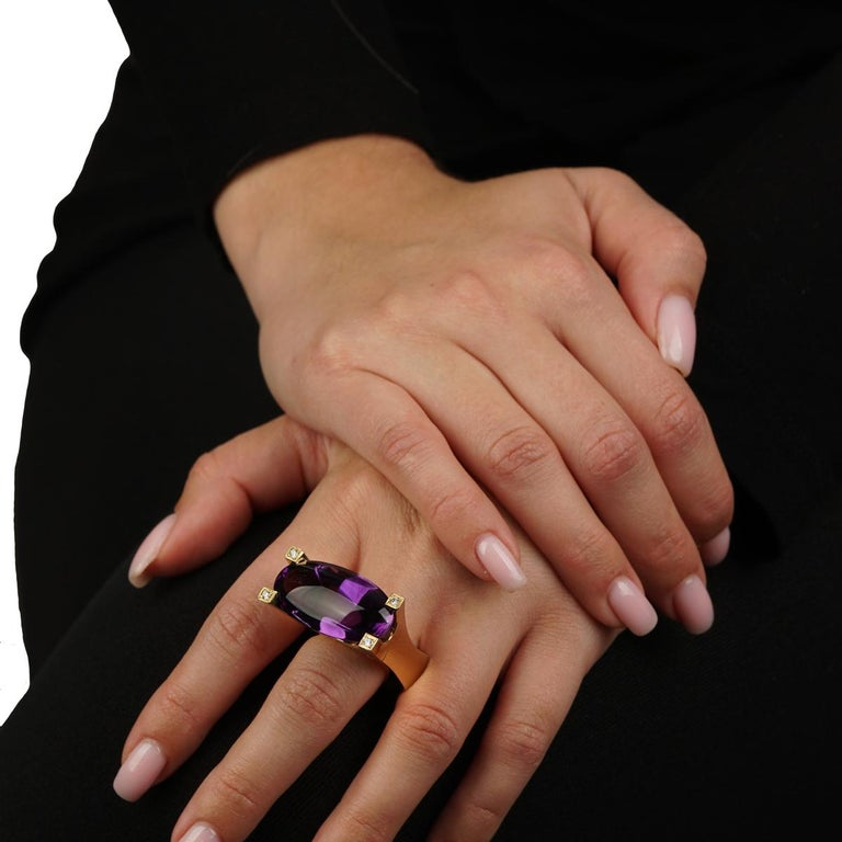 Mixed Cut Van Cleef & Arpels Gold Diamond and Amethyst Ring For Sale