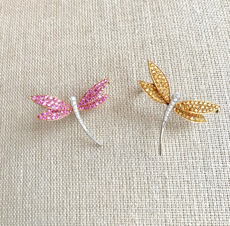 Van Cleef & Arpels Gold Dragonfly Brooch, Pink Sapphires Diamonds For Sale 1