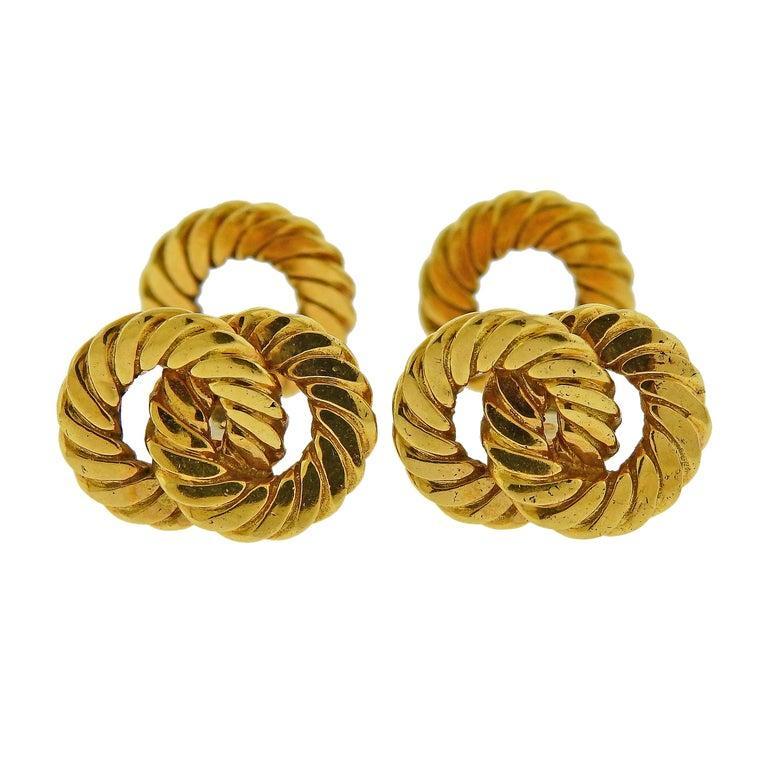 Women's or Men's Van Cleef & Arpels Gold Interlocked Cufflinks For Sale