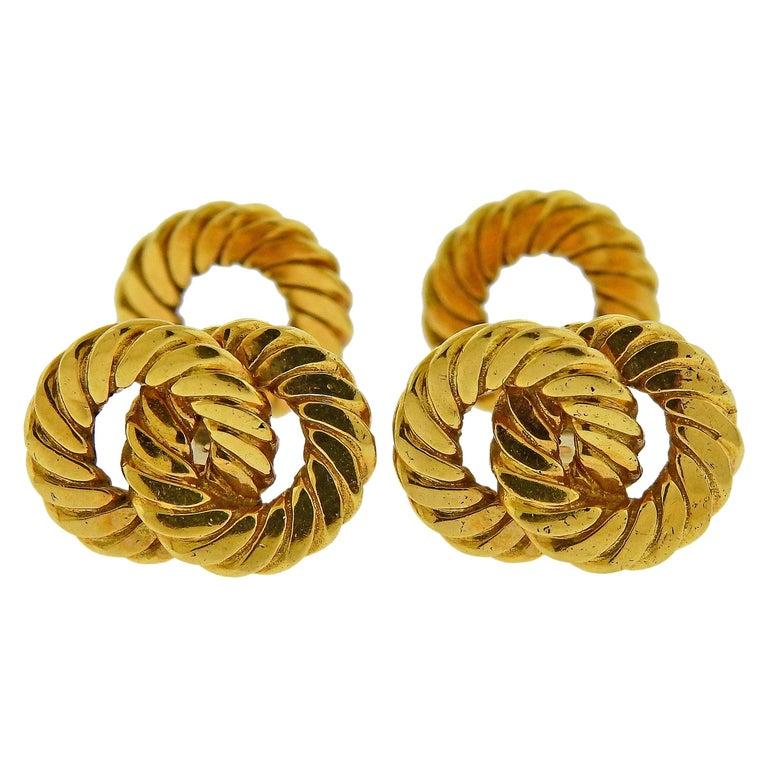 Van Cleef & Arpels Gold Interlocked Cufflinks For Sale