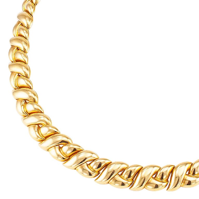 Van Cleef & Arpels Gold Necklace For Sale 1