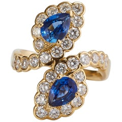 Van Cleef & Arpels Gold Ring with 2 Pear Natural Blue Sapphires and Diamonds