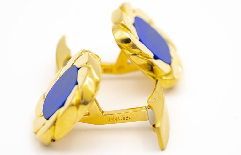Van Cleef & Arpels Lapis and 18 Karat Gold Cufflinks In Excellent Condition For Sale In New York, NY