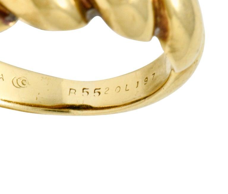 Van Cleef & Arpels Lapis Cabochon 18 Karat Gold Twisted Band Ring For Sale 3