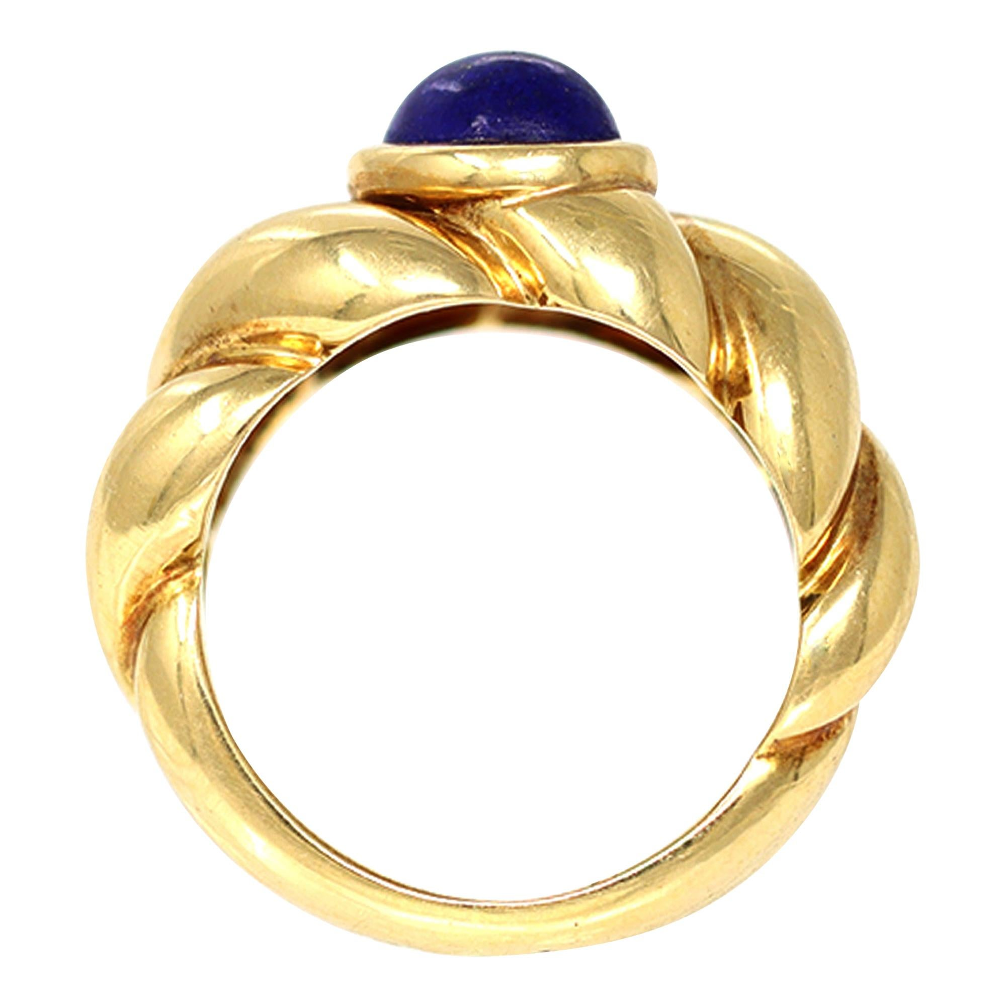 Van Cleef & Arpels Lapis Lazuli Cabochon Ring Set in 18k Yellow Gold
