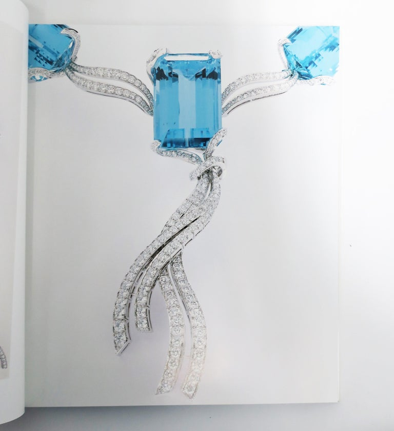 Van Cleef & Arpels Jewelry Library or Coffee Table Book For Sale 1