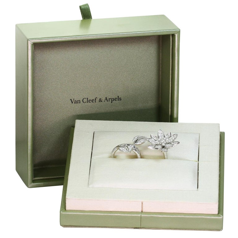Brilliant Cut Van Cleef & Arpels Lotus Between the Finger Diamond White Gold Ring For Sale