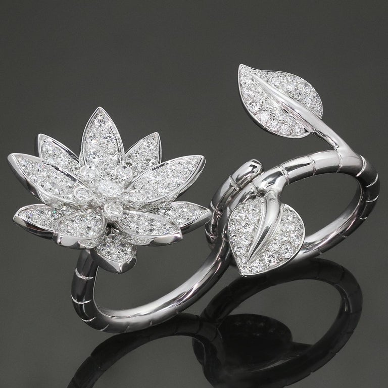 Van Cleef & Arpels Lotus Between the Finger Diamond White Gold Ring For Sale 3