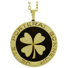 Van Cleef & Arpels Lucky Clover Wood Yellow Gold Pendant Necklace