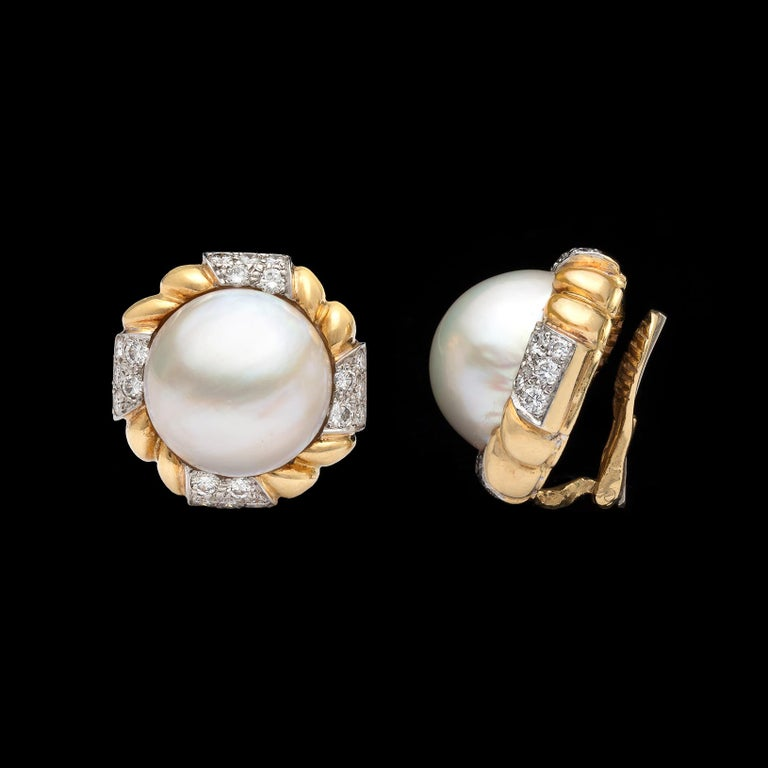 Round Cut Van Cleef & Arpels Mabé Pearl and Diamond Ear Clips For Sale