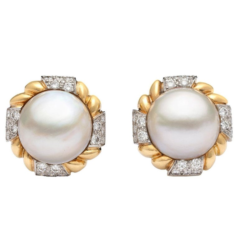 Van Cleef & Arpels Mabé Pearl and Diamond Ear Clips For Sale
