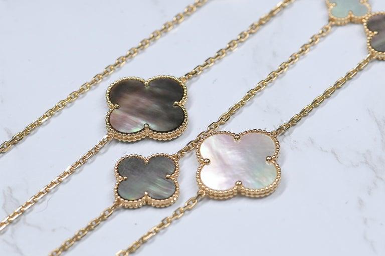 Women's or Men's Van Cleef & Arpels Magic Alhambra 16 Motif Yellow Gold Long Necklace