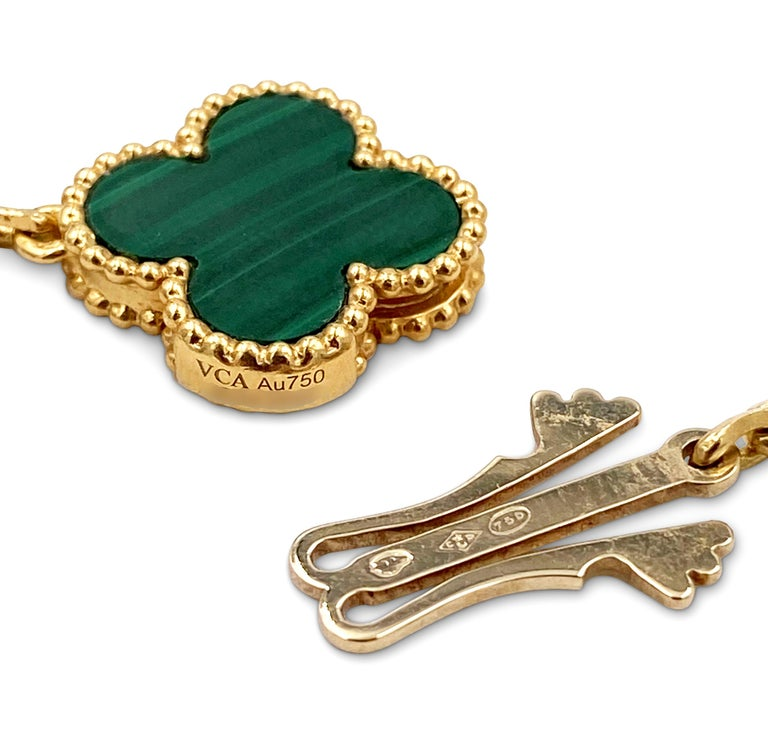 Van Cleef & Arpels 'Magic Alhambra' Yellow Gold and Malachite 16-Motif Necklace For Sale 1