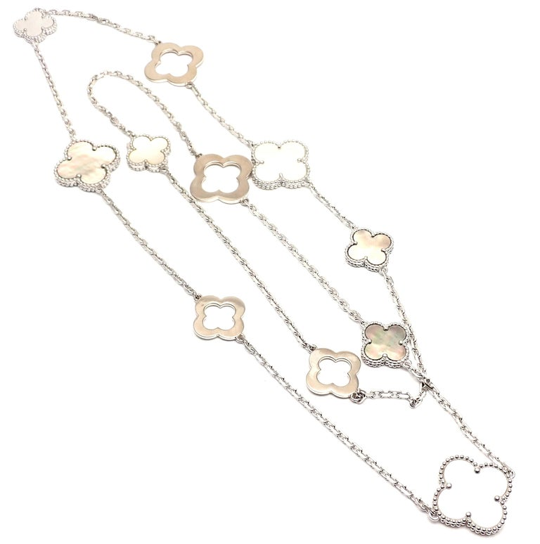 Women's or Men's Van Cleef & Arpels Magic White and Grey Mother of Pearl White Gold Necklace For Sale