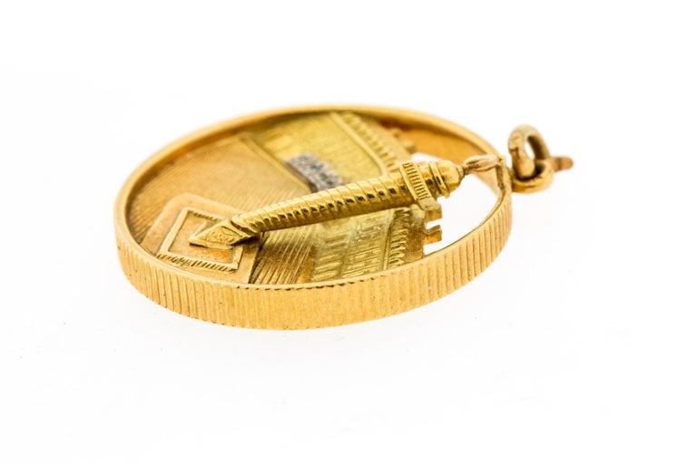 Women's or Men's Van Cleef & Arpels Midcentury 18 Karat Gold Place Vendome Charm or Pendant For Sale