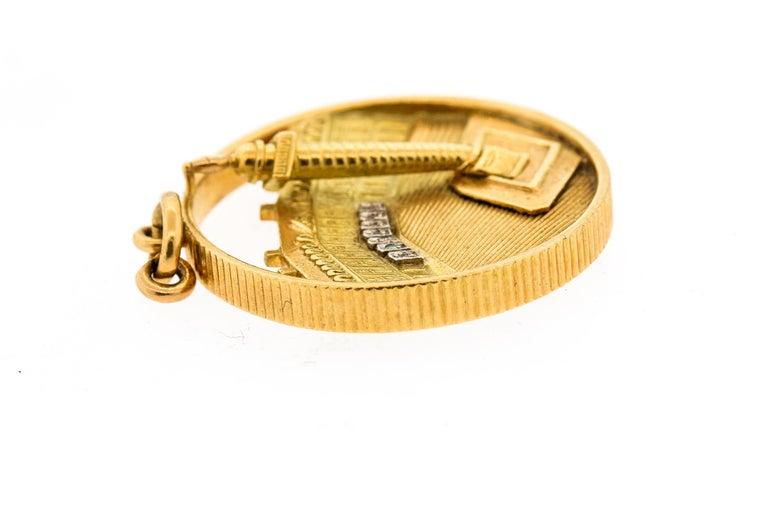 Van Cleef & Arpels Midcentury 18 Karat Gold Place Vendome Charm or Pendant For Sale 2