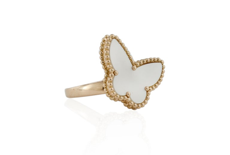 Round Cut Van Cleef & Arpels Mother of Pearl Butterfly 18 Karat Gold Ring For Sale