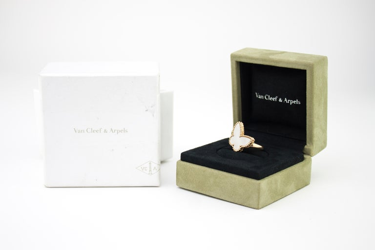 Women's Van Cleef & Arpels Mother of Pearl Butterfly 18 Karat Gold Ring For Sale