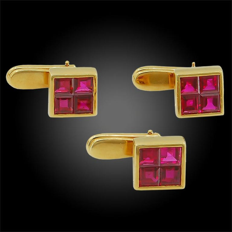 Women's or Men's Van Cleef & Arpels Mystery-Set Ruby Cufflinks For Sale