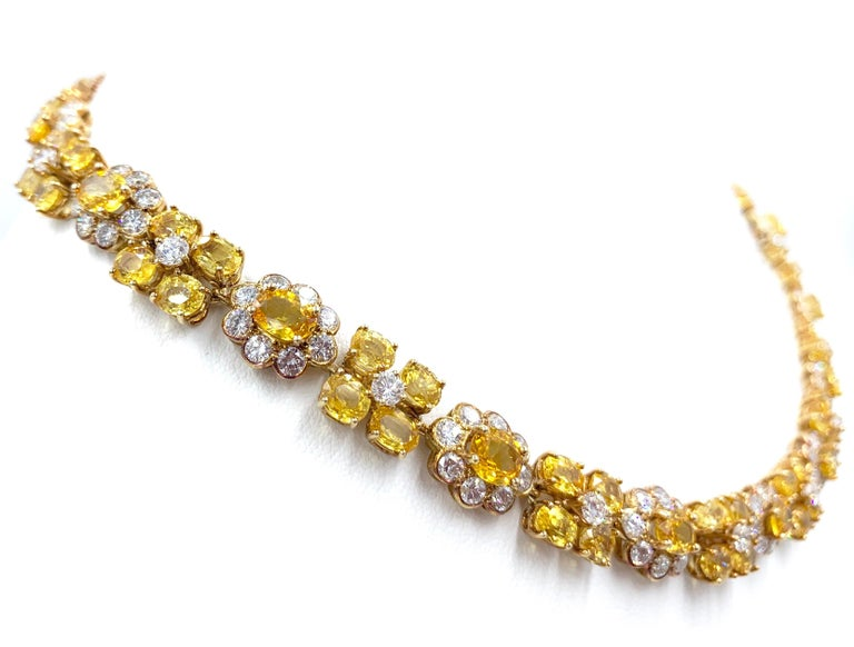 Women's or Men's Van Cleef & Arpels Natural Yellow Ceylon Sapphire and Diamond Necklace For Sale