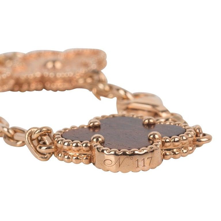 Van Cleef & Arpels Vintage Alhambra Bois D'Amourette Rose Gold Necklace For Sale 2