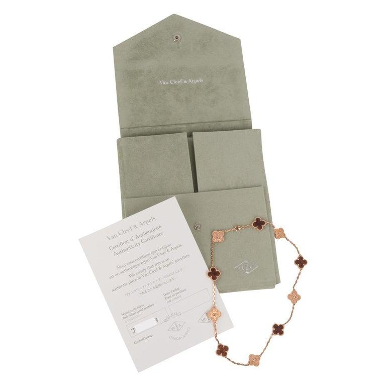 Van Cleef & Arpels Vintage Alhambra Bois D'Amourette Rose Gold Necklace For Sale 4