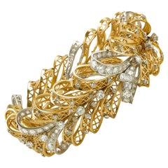 Van Cleef & Arpels Noeud Dentelle Lace Bow Bracelet