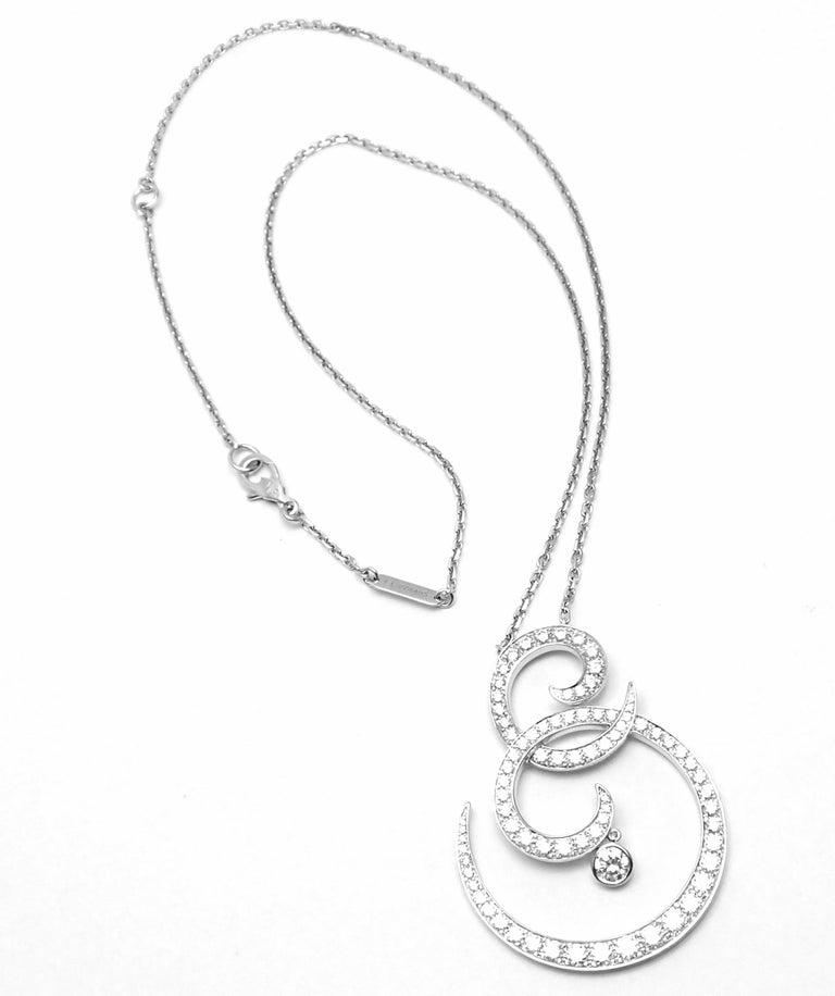 Van Cleef & Arpels Oiseaux De Paradis White Gold Diamond Pendant Necklace For Sale 1