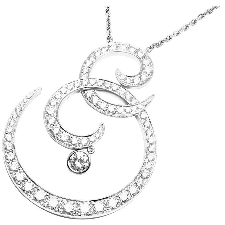 Van Cleef & Arpels Oiseaux De Paradis White Gold Diamond Pendant Necklace For Sale