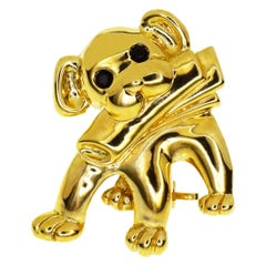 Van Cleef & Arpels Onyx 18 Karat Yellow Gold Dog Motif Brooch