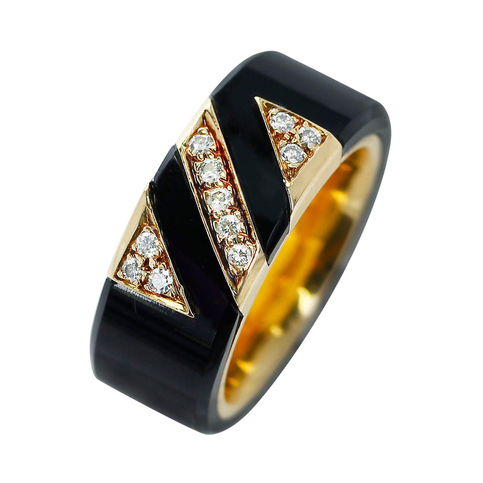 Van Cleef & Arpels Onyx and Diamond Band Ring, 18k Yellow Gold