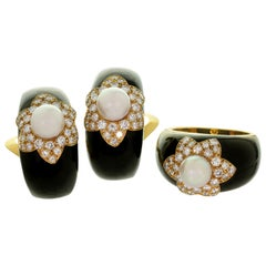 Van Cleef & Arpels Onyx Diamond Cultured Pearl Black Ring & Clip-On Earrings Set