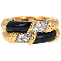 Van Cleef & Arpels Onyx Diamond Textured Gold Band Ring