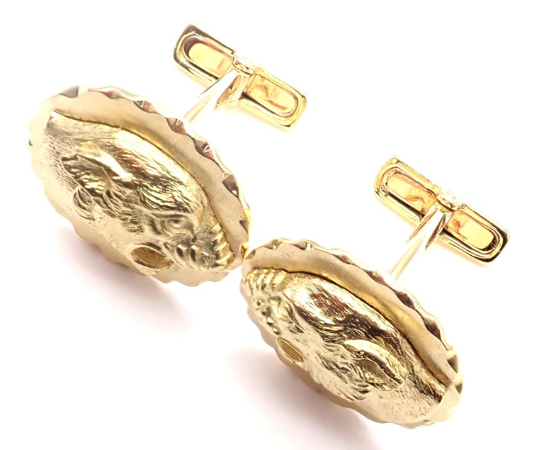 Van Cleef & Arpels Panther Panthere Yellow Gold Cufflinks For Sale 6