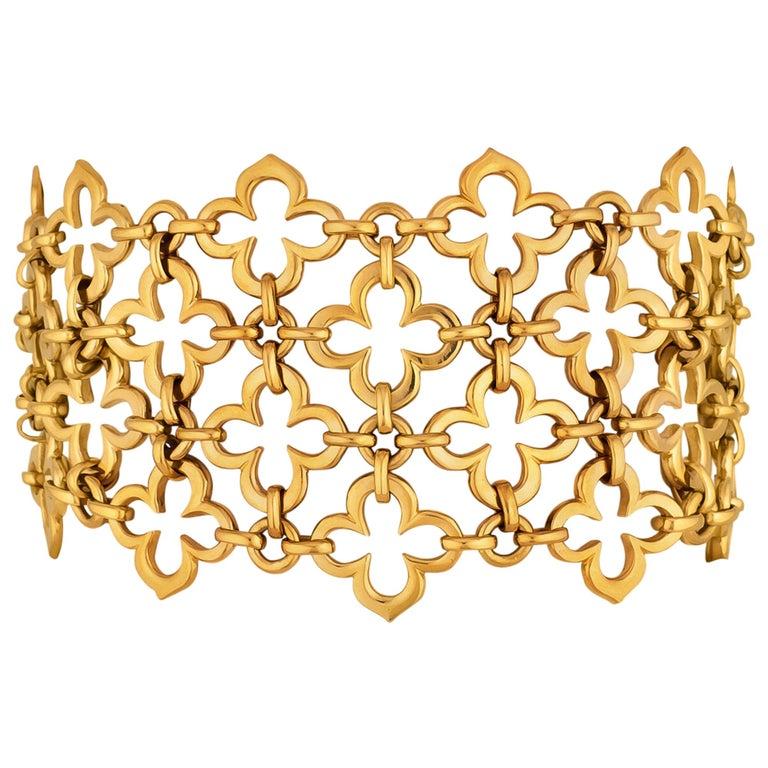 Van Cleef & Arpels Paris Alhambra Vintage Gold Wide Mesh Bracelet For Sale