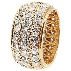Van Cleef & Arpels Paris Diamond Yellow Gold Eternity Band