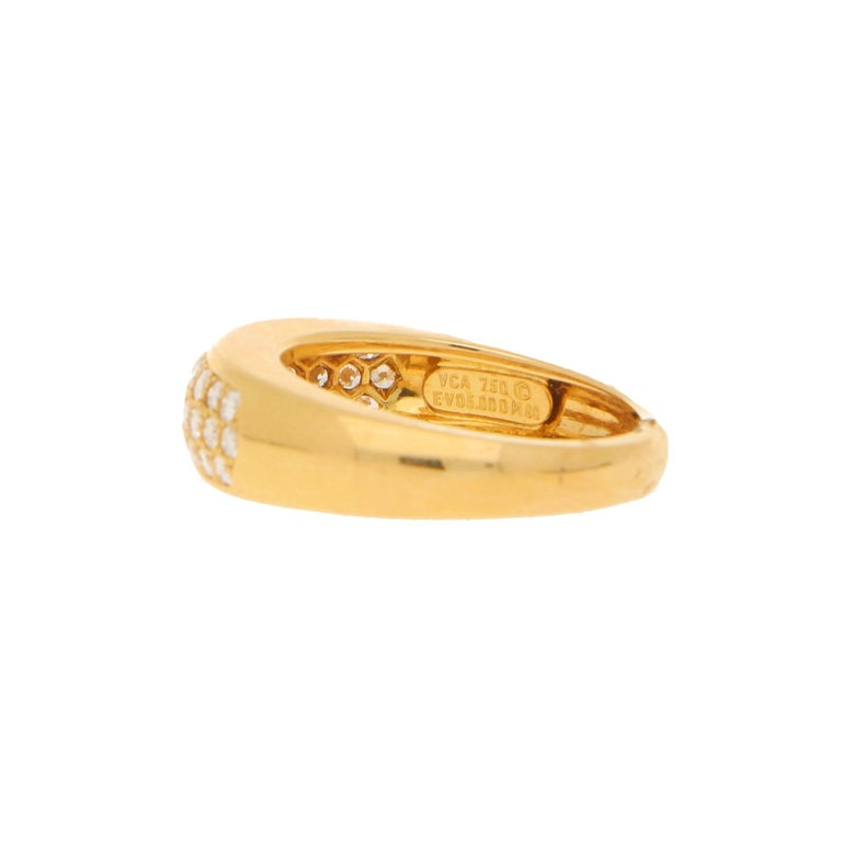 Round Cut Van Cleef & Arpels Pave Set Diamond Ring 0.88ct For Sale