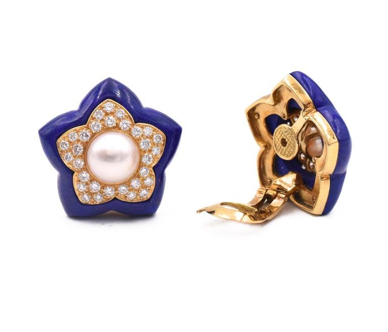 Round Cut Van Cleef & Arpels Pearl Lapis Lazuli Diamond Star Earrings For Sale