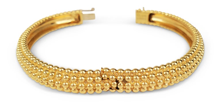Van Cleef & Arpels Perlée Yellow Gold Bangle In Excellent Condition For Sale In New York, NY