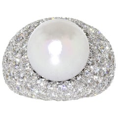 Van Cleef & Arpels Platinum South Sea Pearl and Diamond Pave Ring