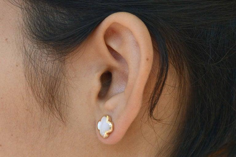 Modern Van Cleef & Arpels Pure Alhambra Mother of Pearl Earrings Studs 18 Karat Gold