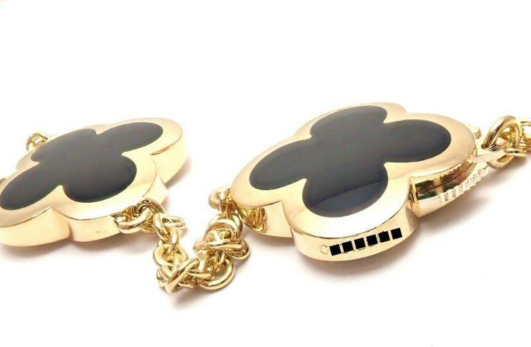 Van Cleef & Arpels Pure Alhambra Nine Motifs Black Onyx Necklace In Excellent Condition For Sale In Holland, PA