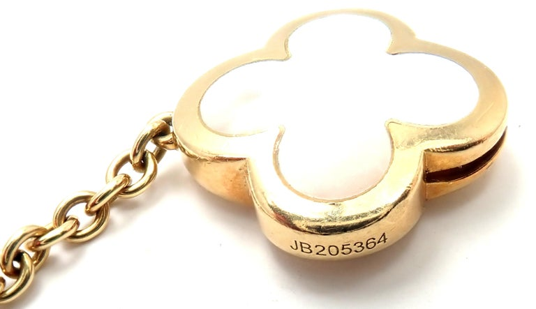 Women's or Men's Van Cleef & Arpels Pure Mother of Pearl Alhambra Yellow Gold Necklace For Sale