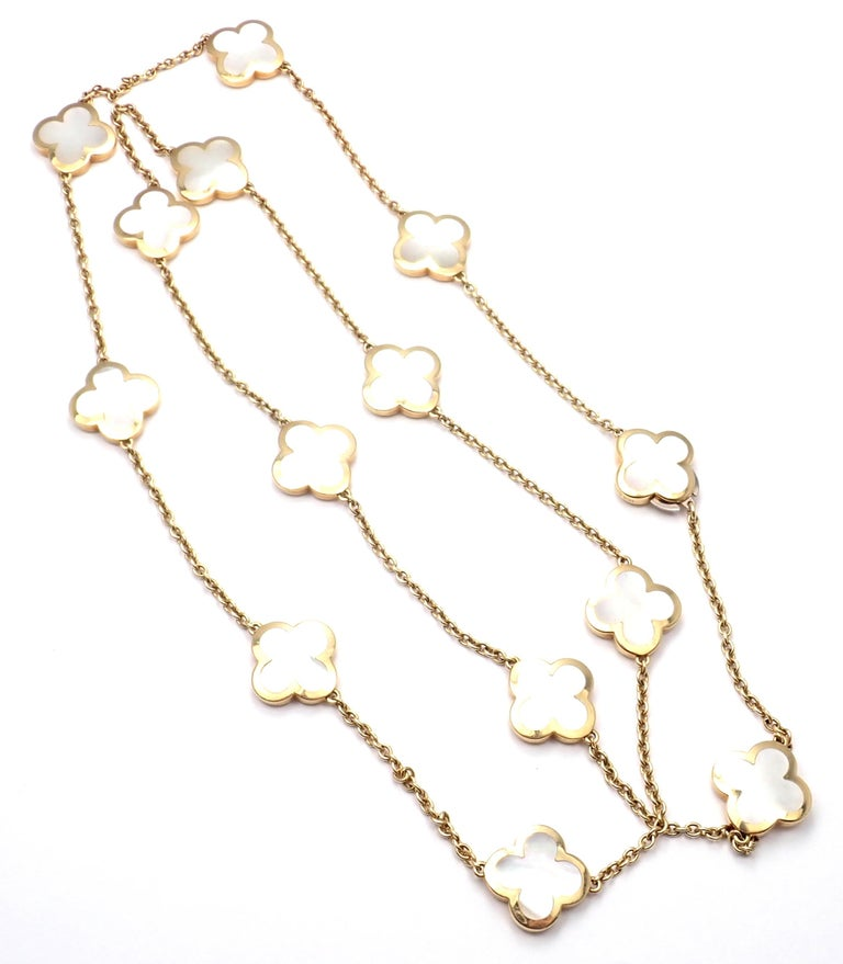 Van Cleef & Arpels Pure Mother of Pearl Alhambra Yellow Gold Necklace For Sale 3
