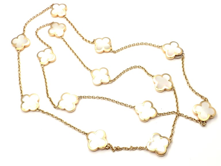 Van Cleef & Arpels Pure Mother of Pearl Alhambra Yellow Gold Necklace For Sale 4