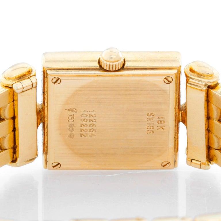 Women's Van Cleef & Arpels Quartz Yellow Gold Watch Ref. 122664 For Sale