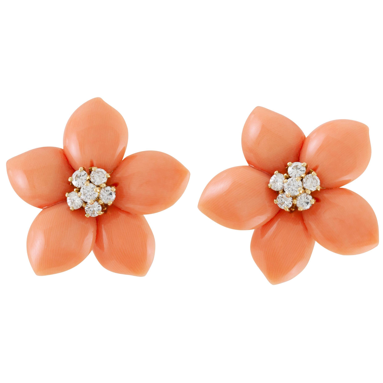 Van Cleef & Arpels Rose De Noel Diamond Coral Flower Yellow Gold