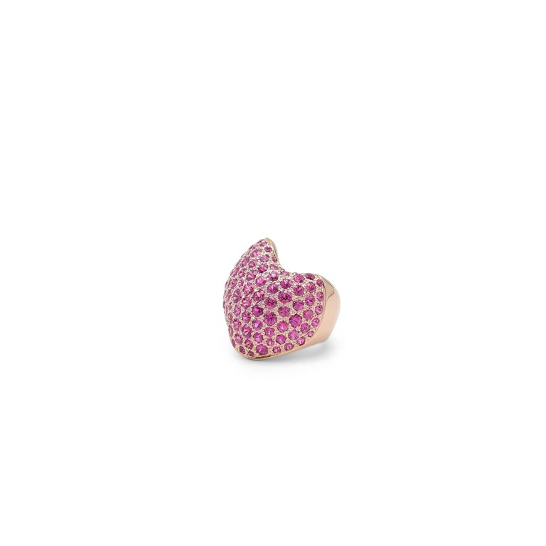 Round Cut Van Cleef & Arpels Rose Gold and Pink Sapphire Ring For Sale