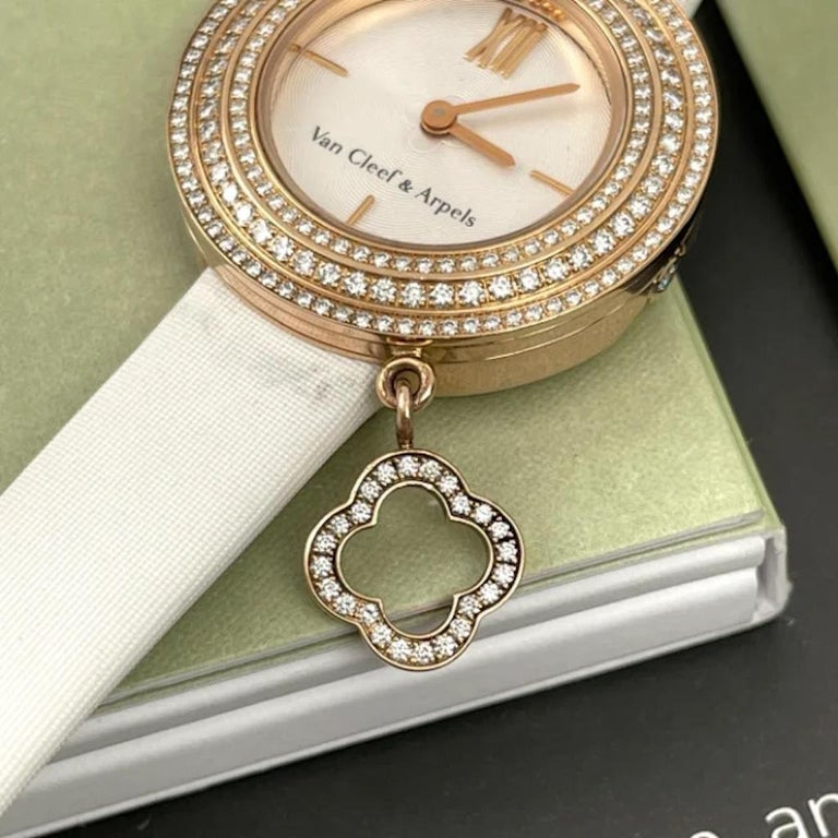 Brilliant Cut Van Cleef & Arpels Rose Gold Charm Diamond Watches VCARO29700 For Sale