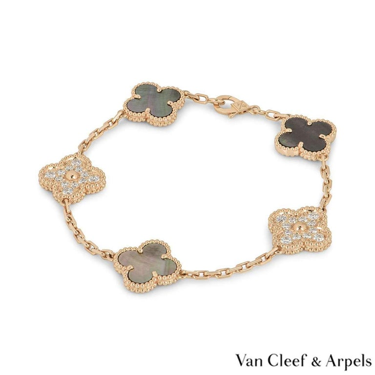 Round Cut Van Cleef & Arpels Rose Gold Vintage Alhambra Bracelet VCARP2R100 For Sale